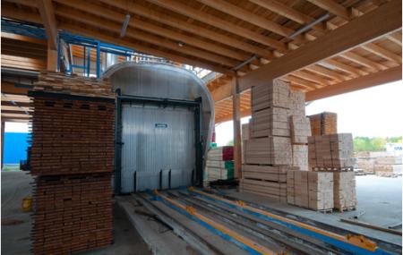 Prečo je thermowood (tepelne upravené) drevo lepšie než iné podobné drevá? Kvôli tepelnej úprave nijaké iné chemicky upravené alebo tropické drevo sa nemá k dispozícií takú odolnosť. S thermowood metódou sa pripravujú vonkajšie drevné terasy a obkladové drevo.