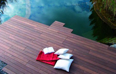 Prečítajte si nášho stavebného sprievodcu s fasádnymi stenami Thermowood (tepelne ošetrené), spoznajte náš kvalitný drevený obklad! Terasy z dreva Thermowood sú odolné, stabilné, odolné voči poveternostným vplyvom a hnilobe!